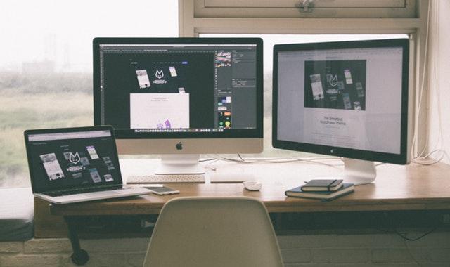 notebook, počítač, monitor, stôl, stolička