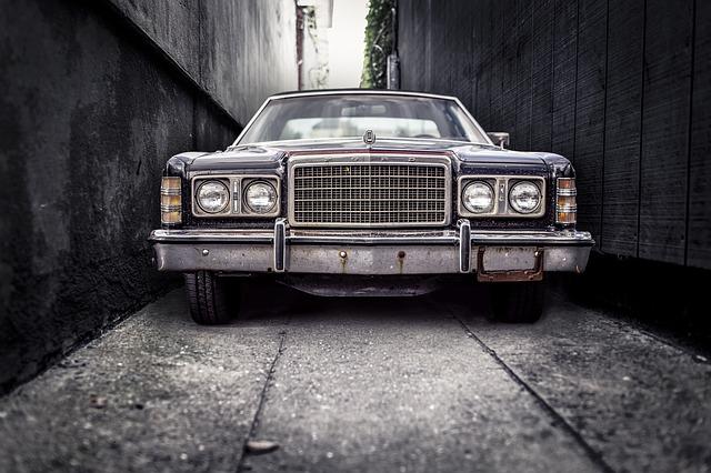 Ford classic, pohľad z spredu.jpg